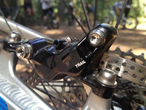 Двухпоршневый тормоз Avidx0 Trail