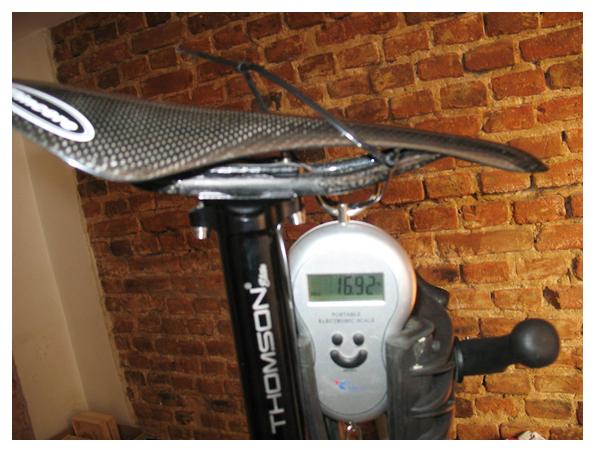 Взвешивание велосипеда Specialized Demo 8 в сборе